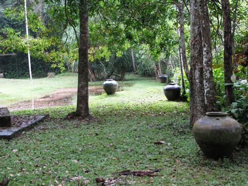 I giardini dell anima lunuganga - Giare da giardino ...